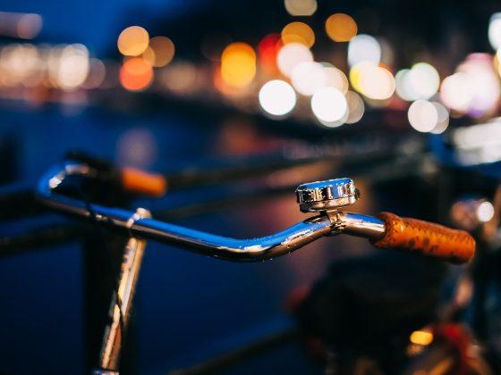 dutch bike in Amsterdam at night