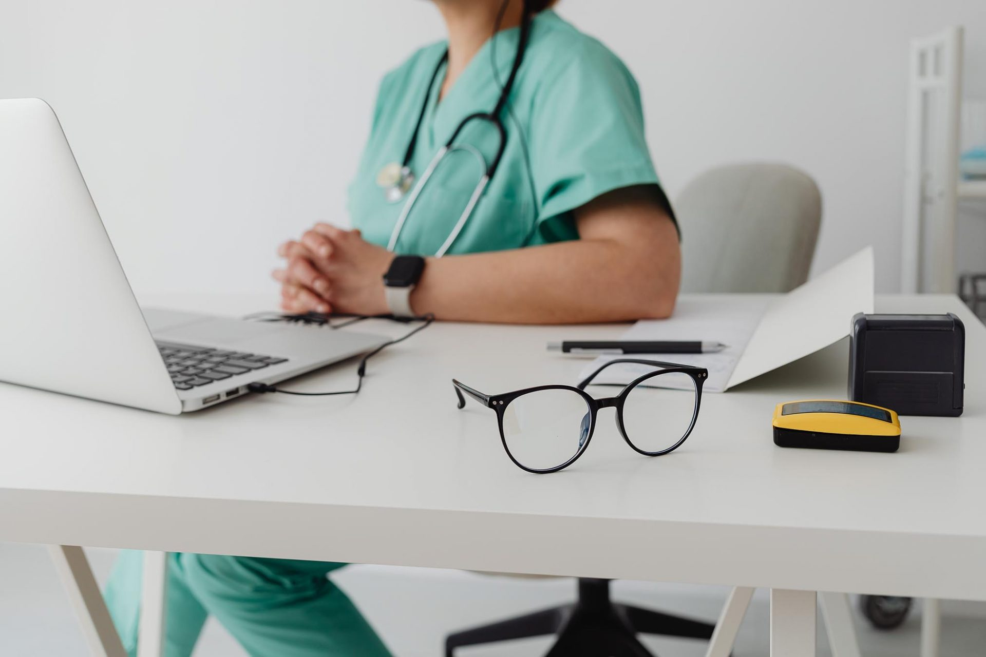 uk cannabis doctor consulting online